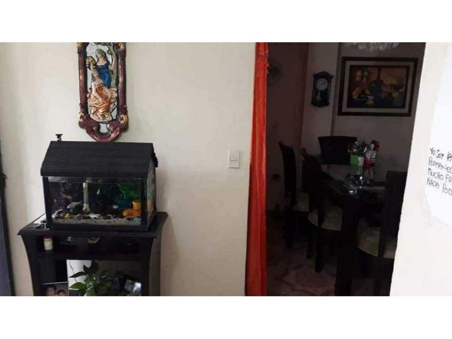 apartamento tercer piso 90m2 barrio perez bello