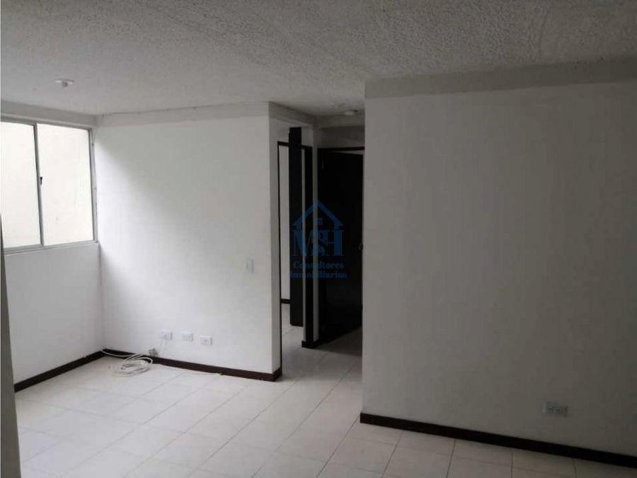 apartamento 41m2 de tercer piso copacabana cerca a la estacion niquia