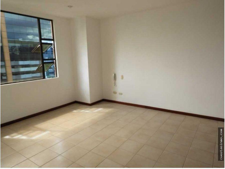 apartamento las mercedes renta zona 14 directo