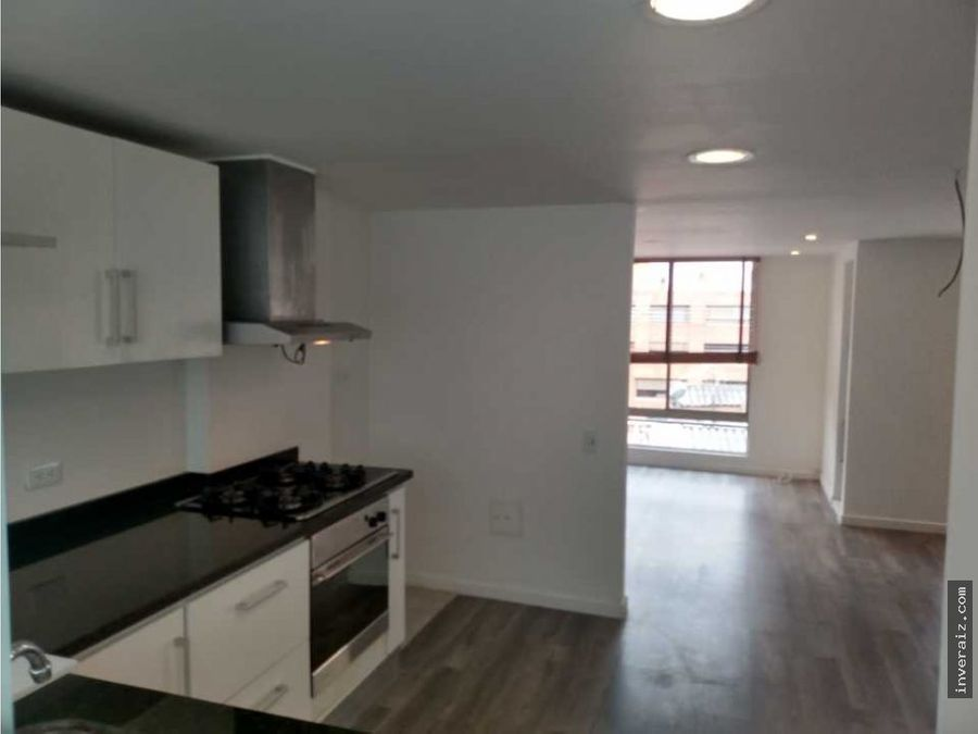 arriendo o vendo apartamento duplex rosales pm