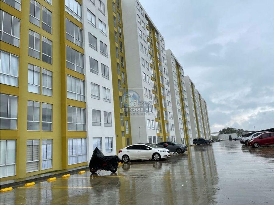arriendo apartamento en la via condina