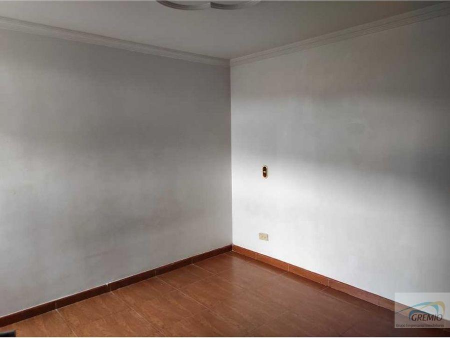 arriendo apartamento sector los colores