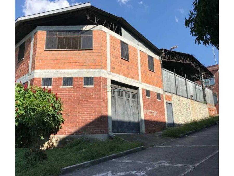 arriendo bodega en el barrio la brasilia armenia