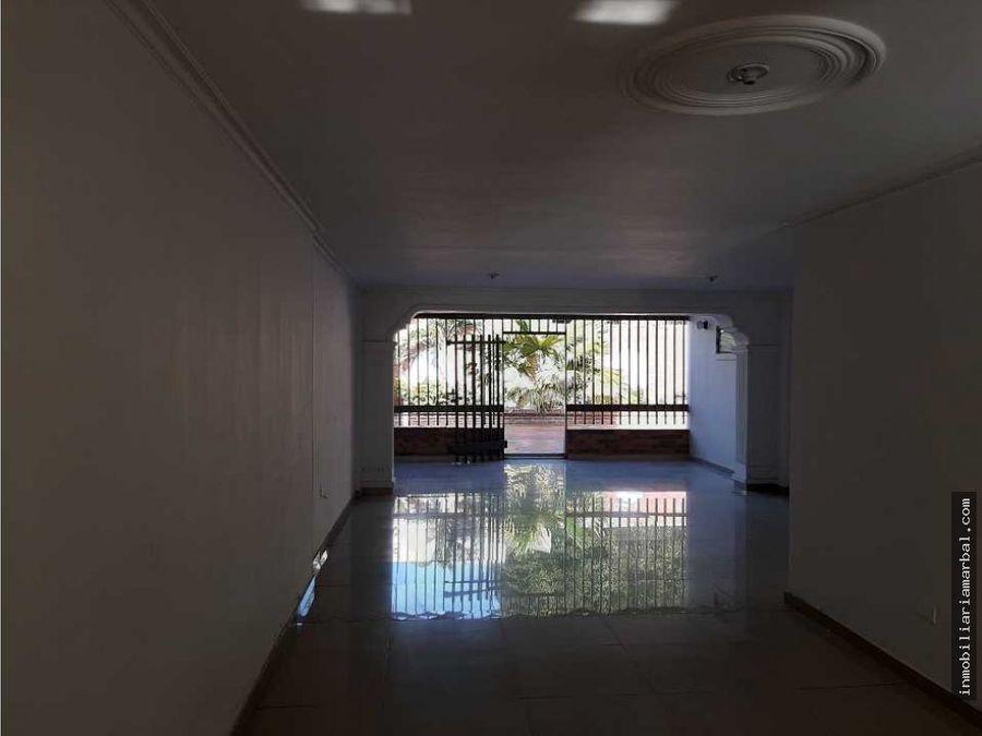 arriendo casa barrio san carlos comercial residencial