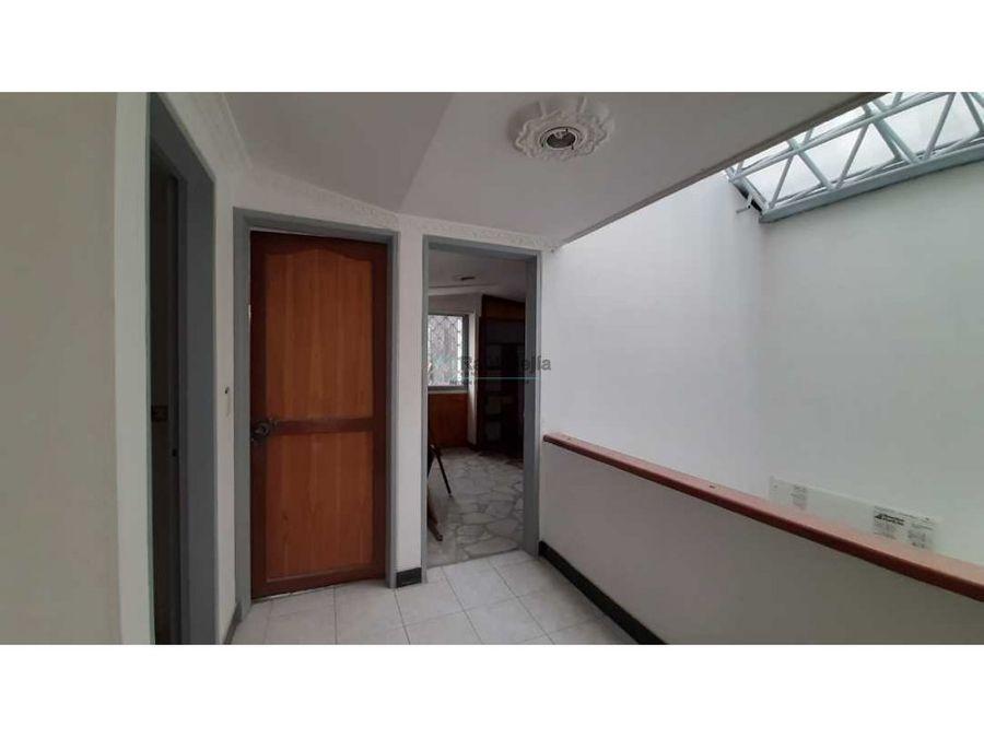 arriendo casa piso 2 en el barrio el galan armenia