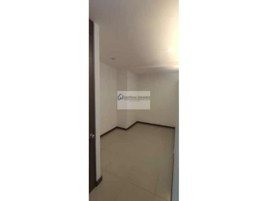 arriendo local las vegas ps1 cd3307903