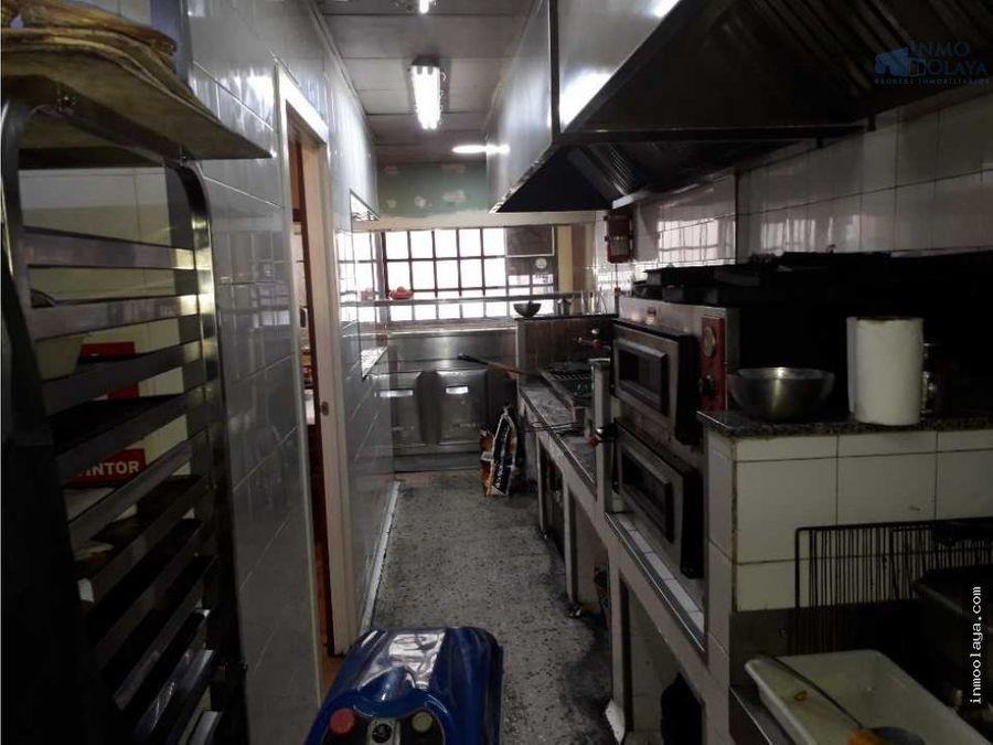 traspaso restaurante braseria dos salidas de humos