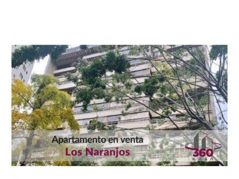 bello apartamento remodelado con techos a doble altura en pb