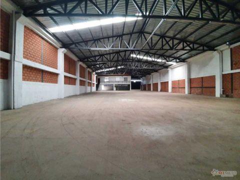 bodega 1200 m2 sector industrial via el caimo armenia