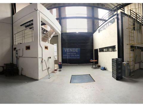 triple altura con transformador independiente y oficinas