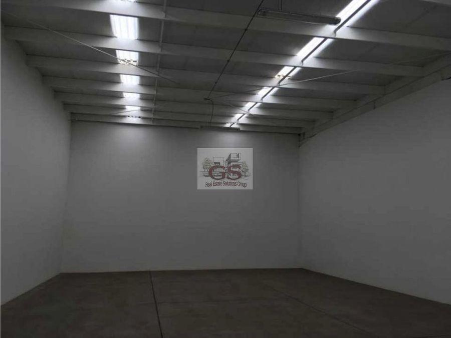 bodega en renta novopark cd industrial celaya
