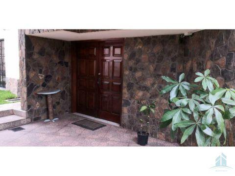 bonita casa en venta lomas del mayab