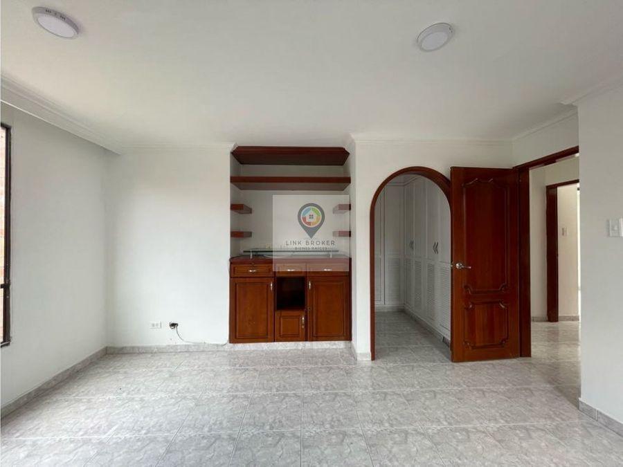 apartamento en renta en avenida pinares pereira