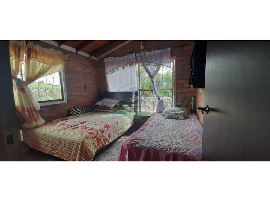 cabana en marinilla a solo 15 minutos del casco urbano con escrituras