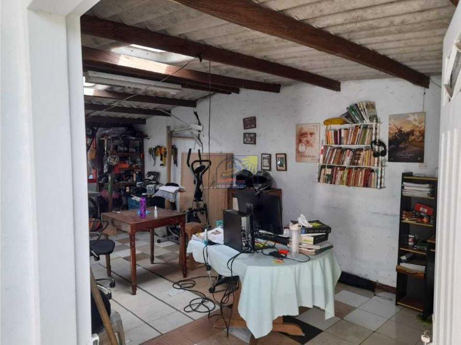cabana en semi urbana con escrituras al 100 con exelente accesos v