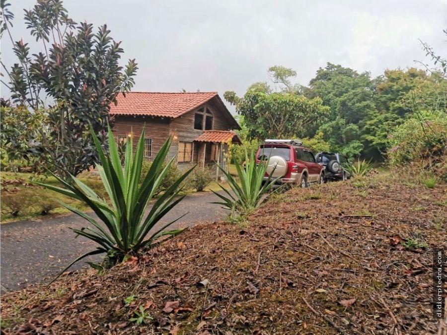 cabana y terreno en venta