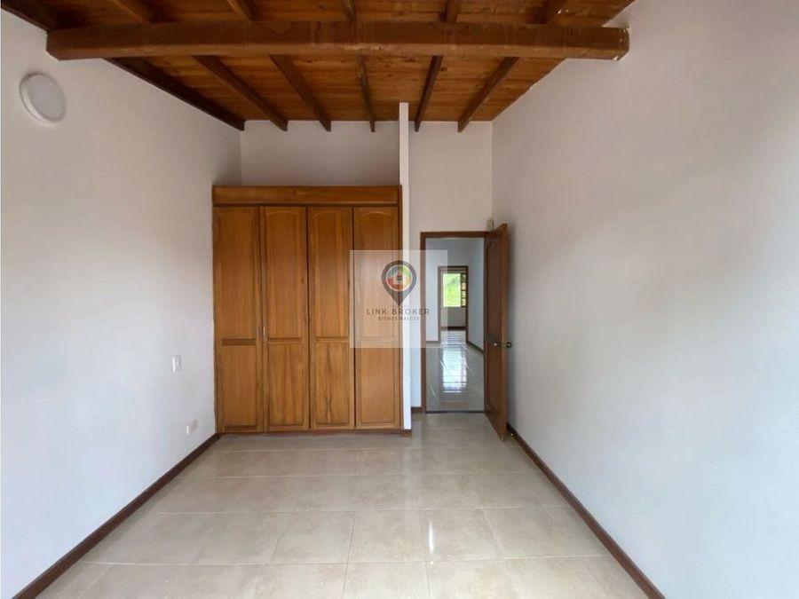 venta comoda casa sector alamos pereira