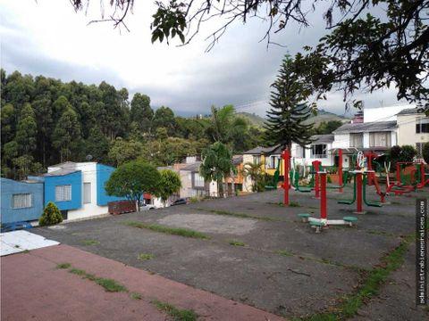 casa 3 alcobas bosques de la alhambra manizales