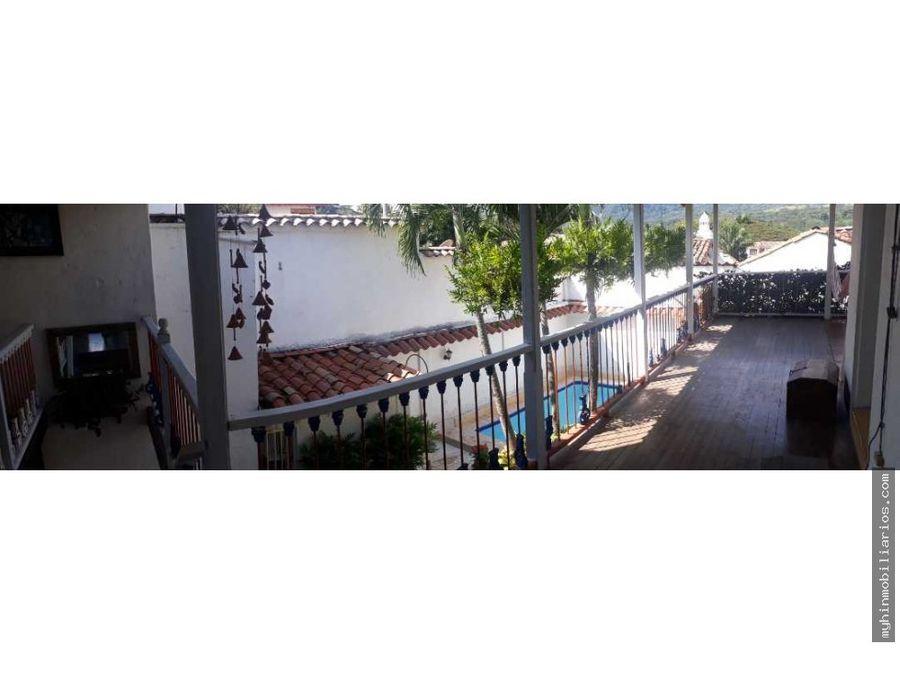 hermosa casa colonial en venta de 480m2 en condominio cauca viejo