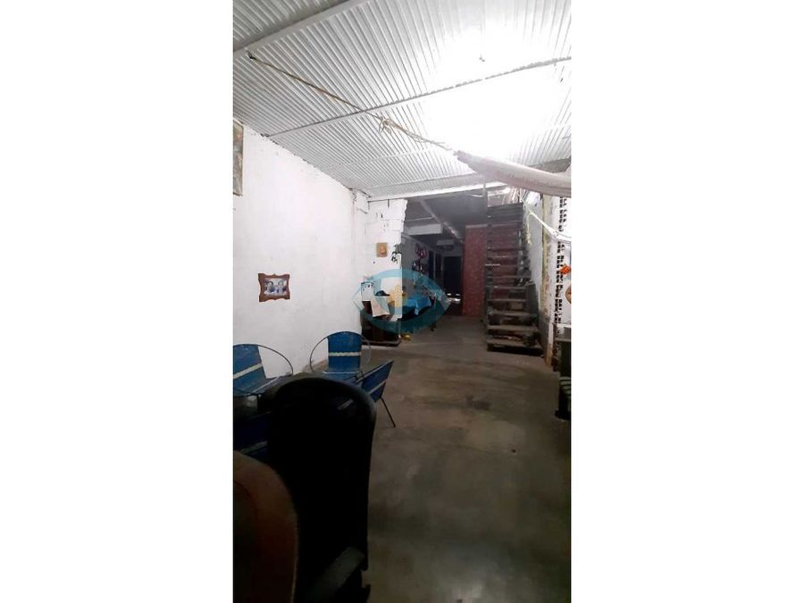 casa comercial y res en 10 de diciembre maracay