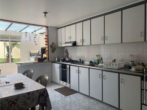 casa con renta alto palermo manizales