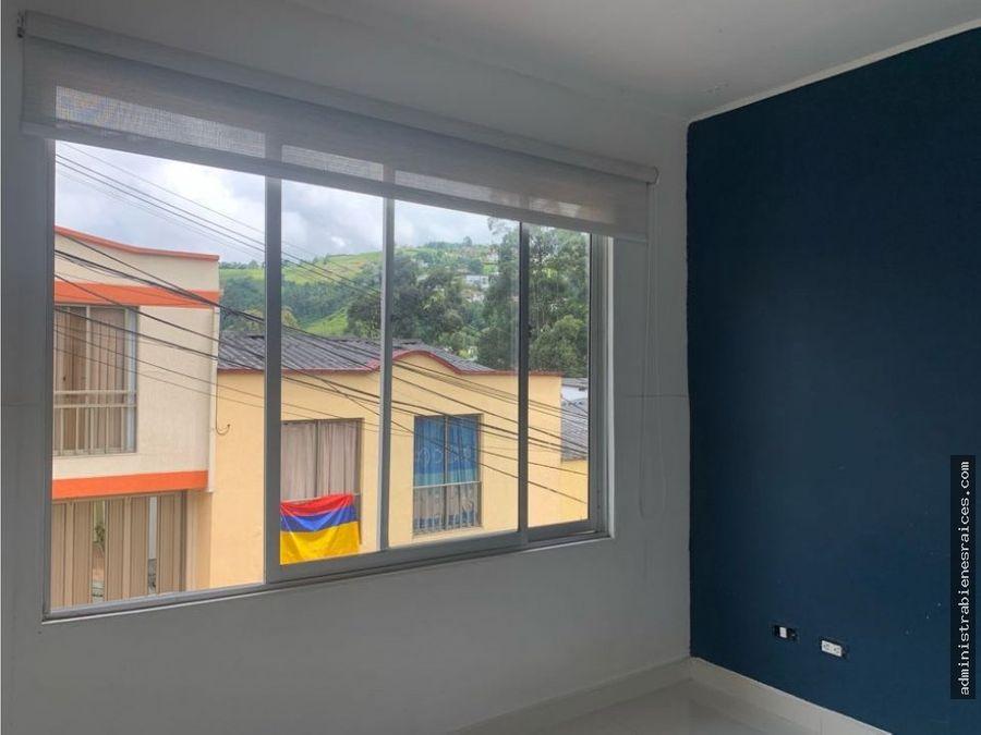 casa con renta bosques de la enea manizales