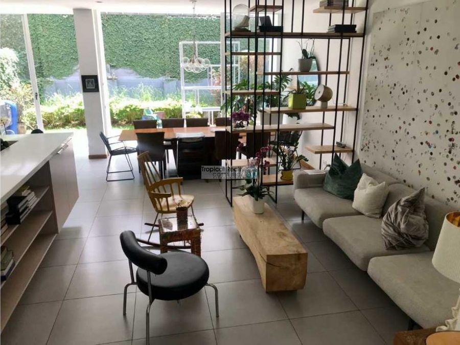casa contemporanea en alquiler en escazu