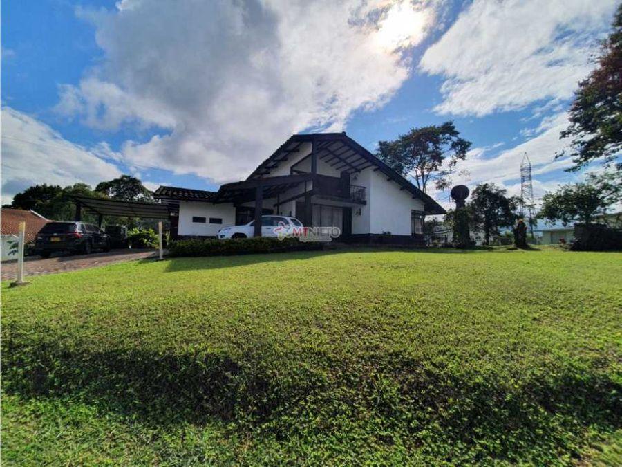 casa campestre lote 1911 m2 y 326 m2 construidos condominio circasia