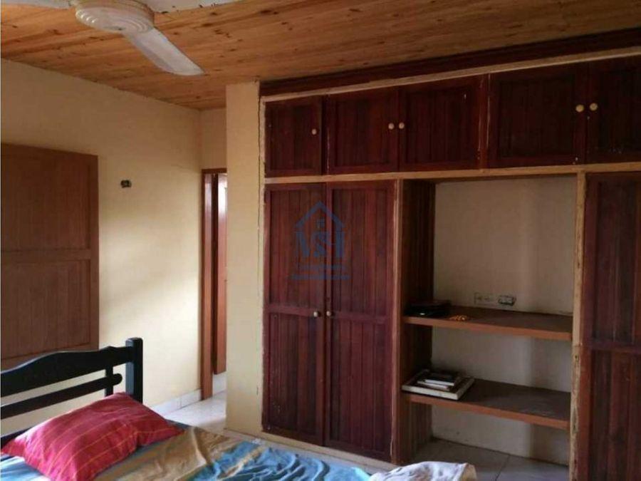 casa campestre con lote de 9000 m2 en la posona monteria cordoba