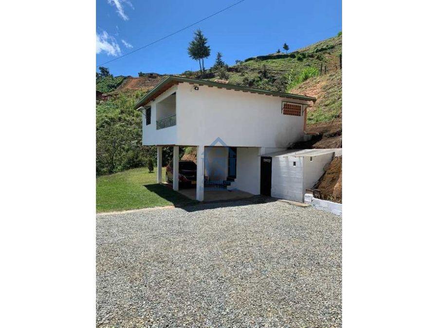 casa campestre en venta 100 m2 en girardota antioquia