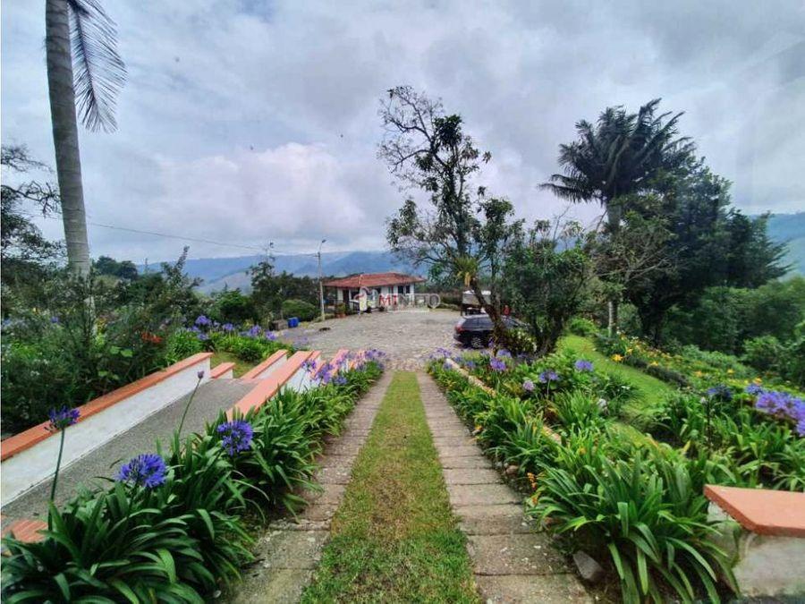 casa campestre 3 alcobas con vista hacia valle de cocora salento