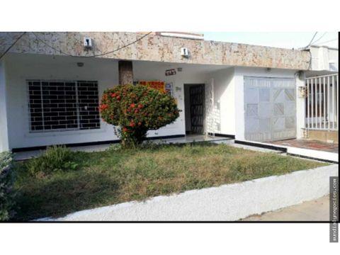 casa amplia comoda en barrio villa andalucia