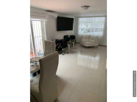 casa amplia con apartamento y local comercial en barrio delicias