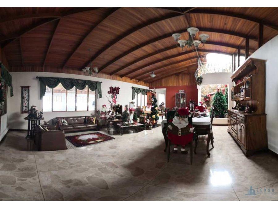casa comercial amplia en santana uso comercial