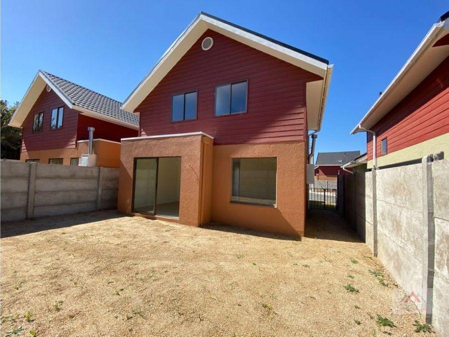casa amplia y nueva en condominio