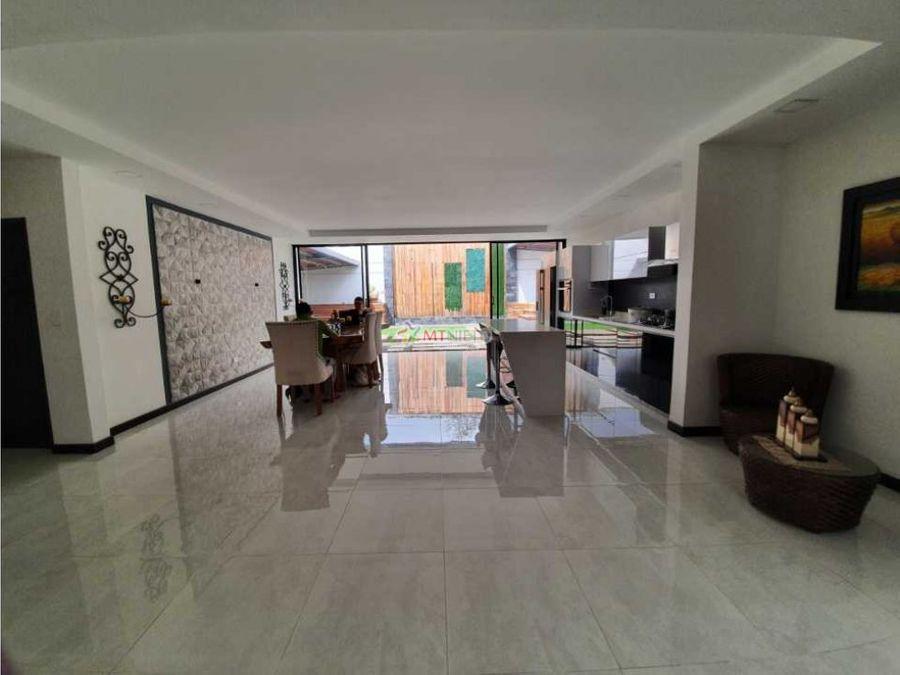 casa lote 387 m2 y construidos 300 m2 3 alcobas la fogata av bolivar
