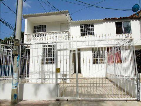 casa de 2 pisos remodelada en santa marta 012