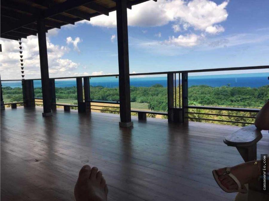 casa de 4 habitaciones en las montanas con vista al mar area de recre