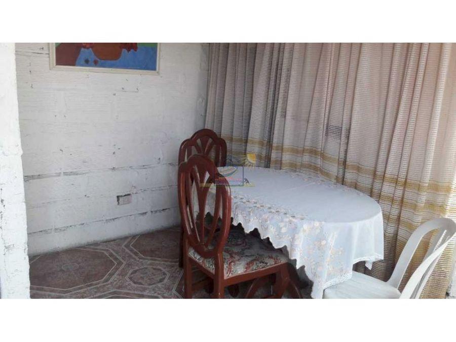casa de segundo piso con apartamento independiente