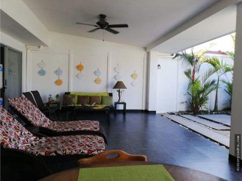 casa de playa en playa bejuco