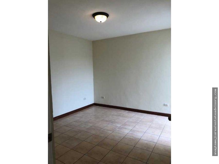 casa entrada a olmeca km 165 en renta