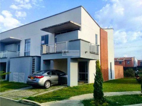 casa en venta en condominio ciudad country jamundi