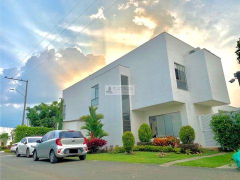 casa en condominio en venta en la morada fd1