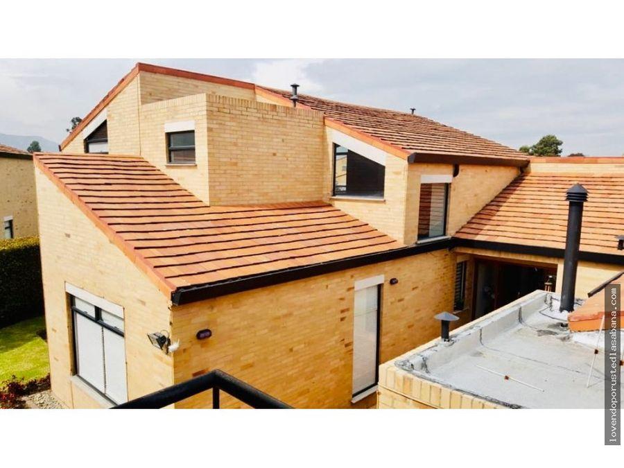 casa en conjunto cerrado cajica de 4 habitaciones lote de 950mts