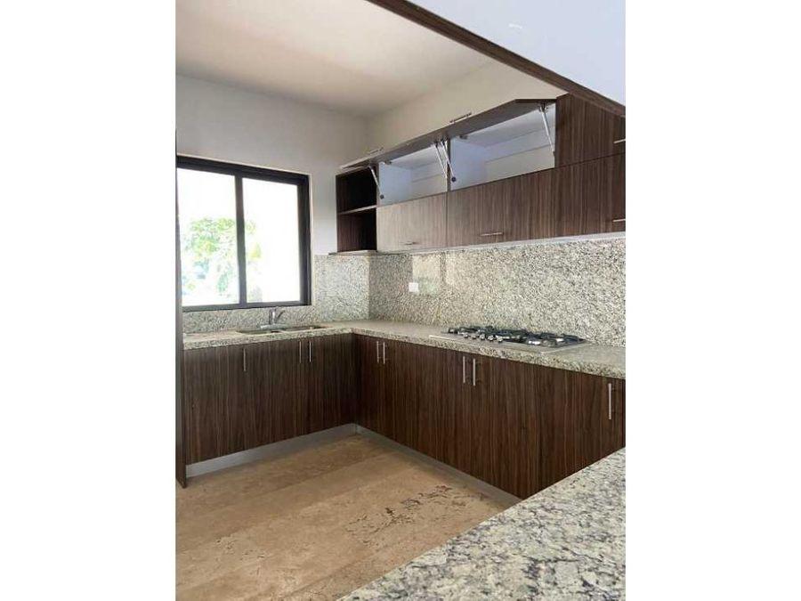 casa en cabo norte residencial arietta zona exclusiva norte de merida