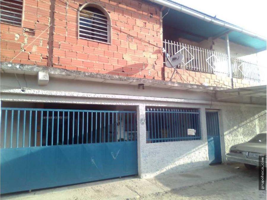 casa en callejon los tamarindo palo negro aragua