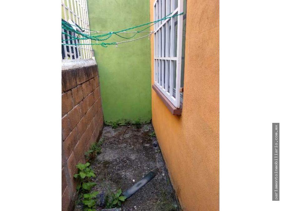 casa en campo verde con alberca comun