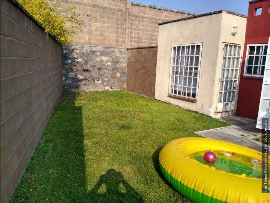 casa en campo verde con alberca