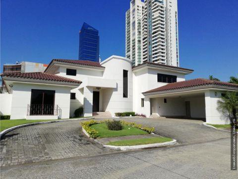 casa en arrendar costa del este rah pa 20 6202