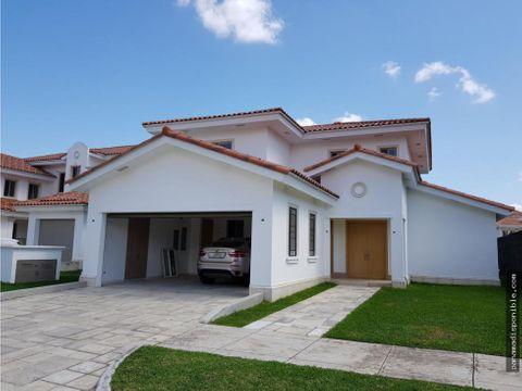 casa en arrendar santa maria rah pa 20 10019